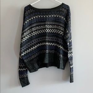 14th & Union Long Sleeve Cropped Sweater